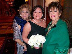 Carmen Mahan y Gloria Estefan