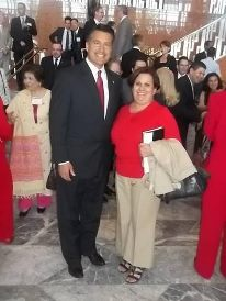 Rosita Morales Peraltacon Gobernador Sandoval